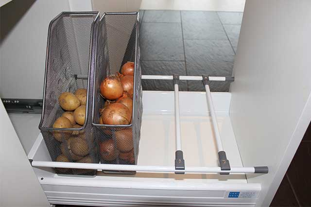 Kartoffeln und Zwiebeln lagern